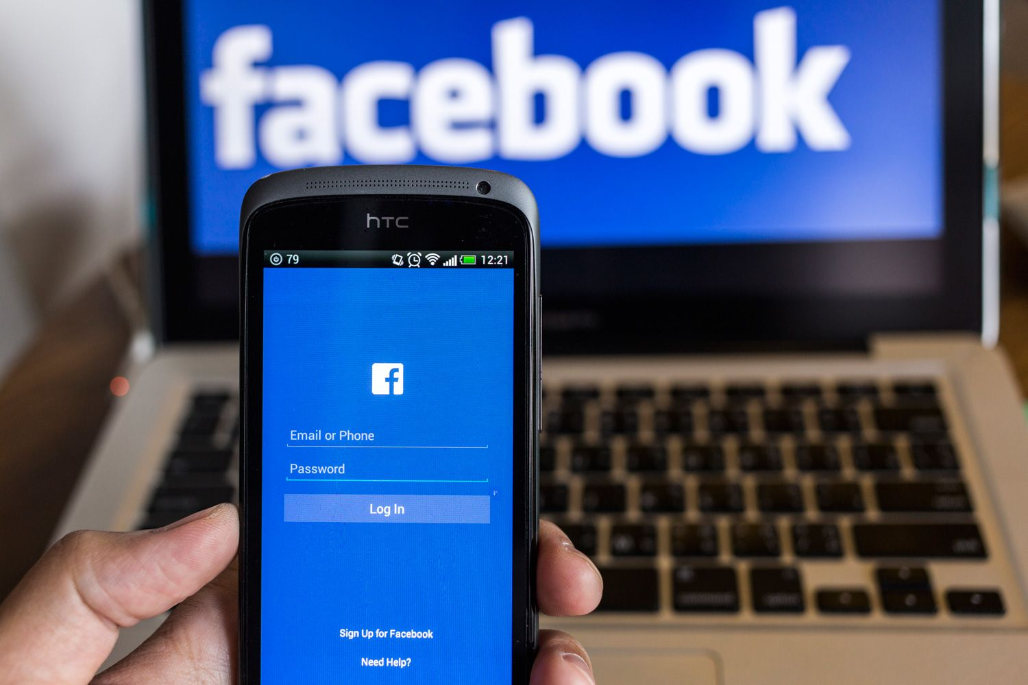 Facebook laptop login and Facebook messenger on phone